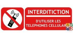 Panneau interdiction d'utiliser les téléphones cellulaires