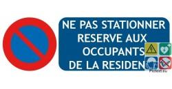 Panneau parking réservé aux résidents